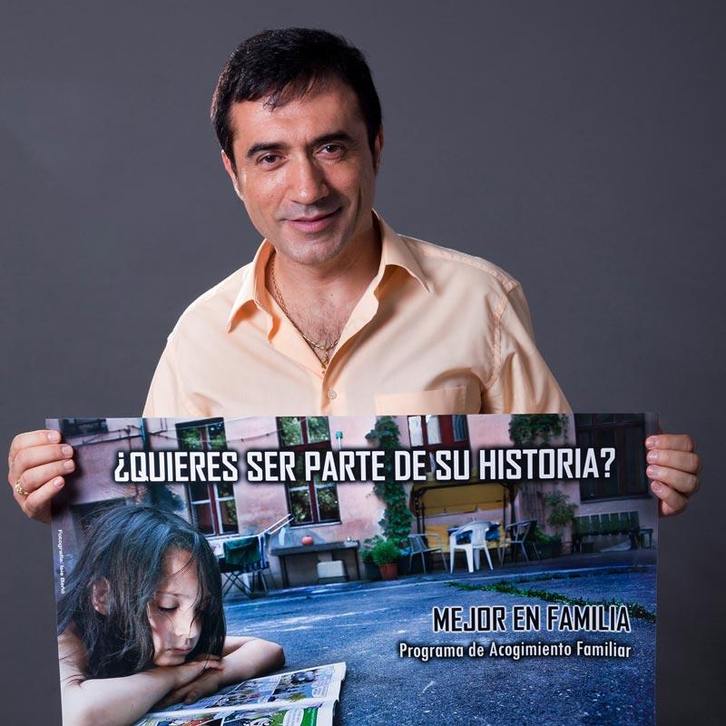 Antonio Montiel apoya a Hogar Abierto