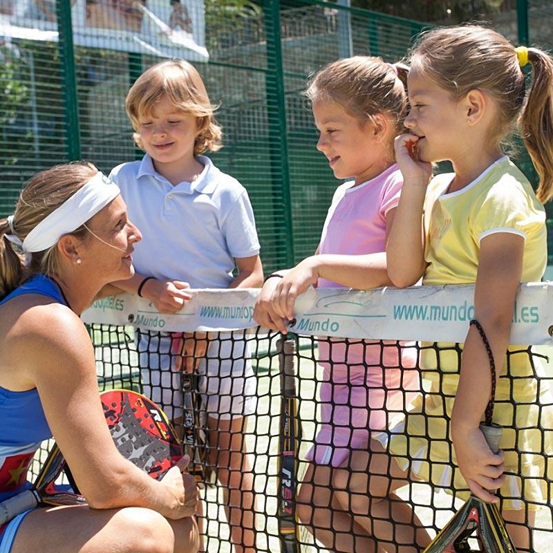 Carolina Navarro apoya a Hogar Abierto