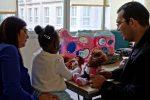 """Reportaje """"Construyendo un hogar para los niños migrantes""""."""